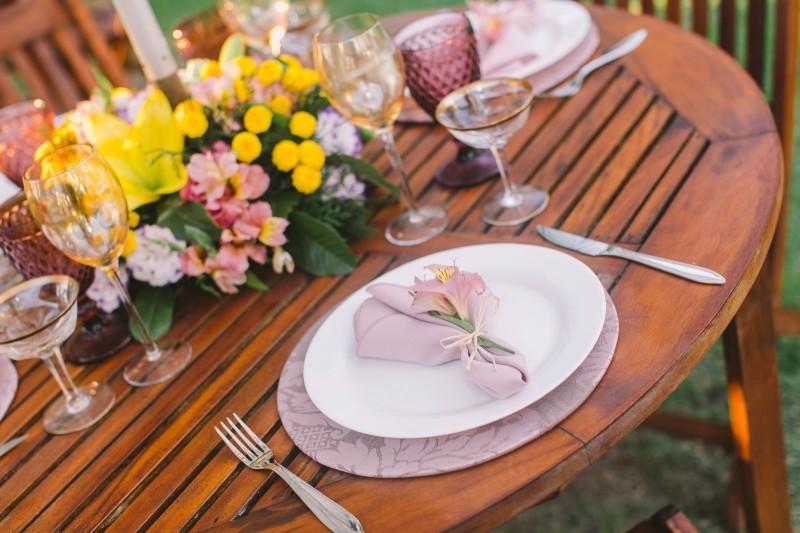 Veja também 5 Passos para a Escolha do Vestido de Noiva  casamento