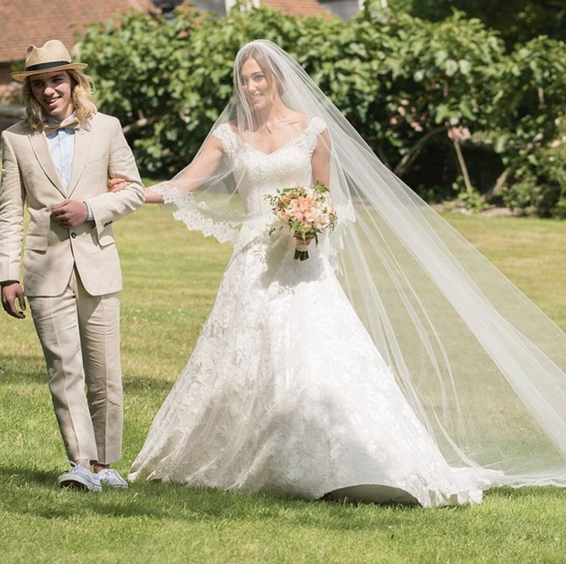 casamento-celebridade-guy-ritchie-e-jacqui-ainsley-revista-icasei (6)