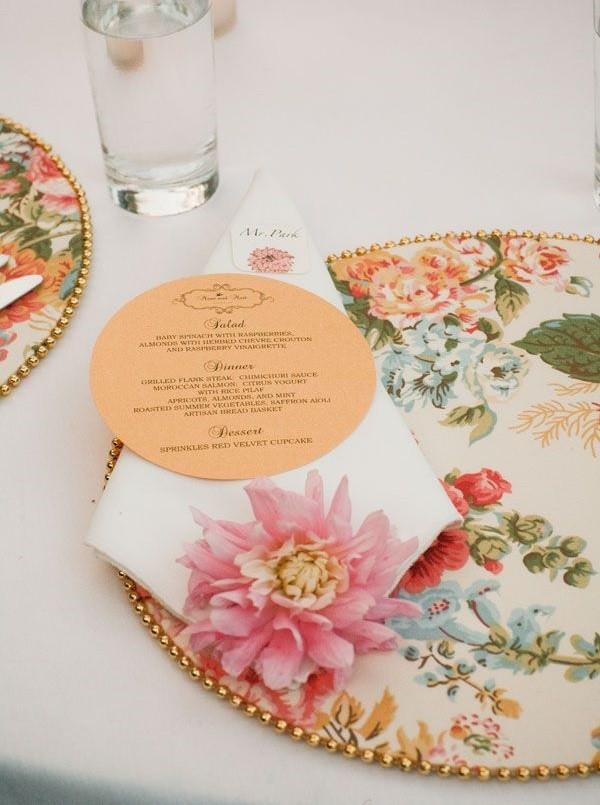 dicas-para-usar-souplat-na-decoracao-da-mesa-de-casamento-souplat-colorido-revista-icasei