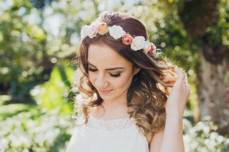 tendencias-de-penteados-para-casamento-cabelo-solto-magnolia-noivas-revista-icasei