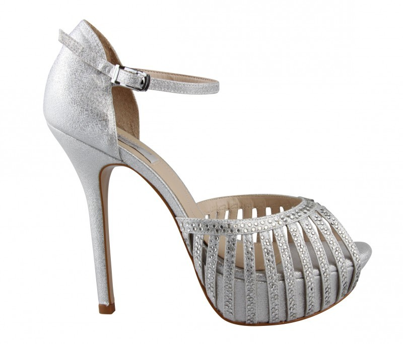 89f55fff57 ... sapatos para madrinhas de casamento - durval calçados - revista icasei  (9) ...