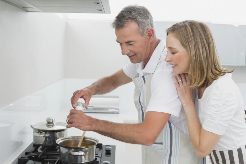 5 Dicas para os Recém-casados Dividirem as Tarefas de Casa - revista icasei (5)
