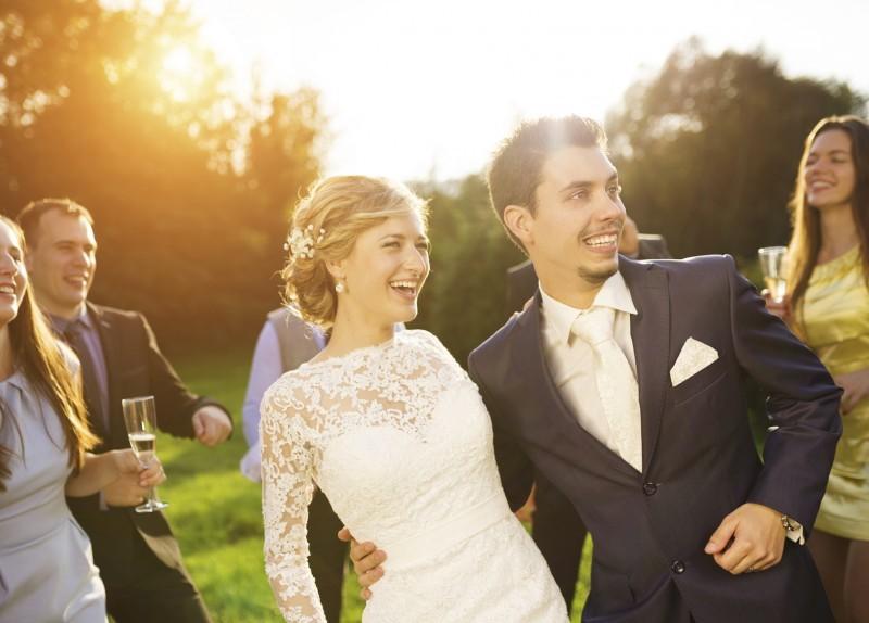 Terno do noivo - como escolher a cor para o casamento - revista icasei