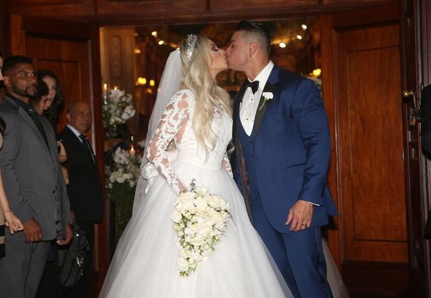 retrospectiva-casamento-de-famosos-brasileiros-em-2015-juju-salimeni-e-felipe-franco-revista-icasei