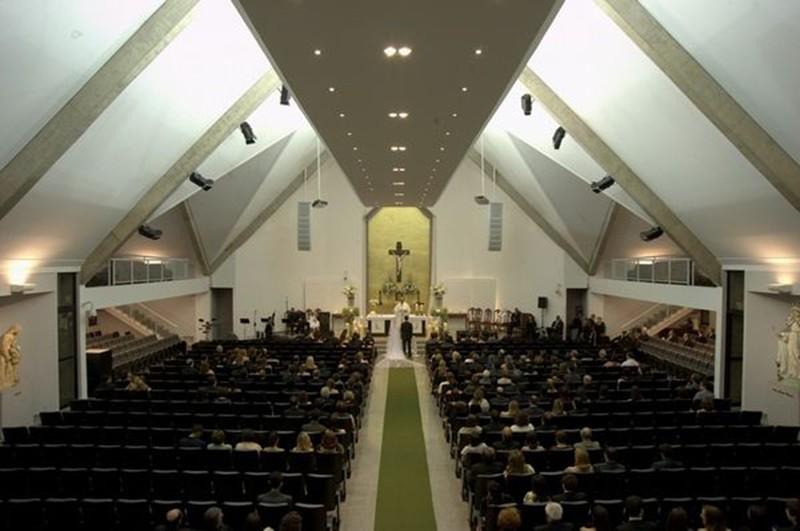TOP 10 Igrejas para Casar em BH_revista icasei - NS Rainha2