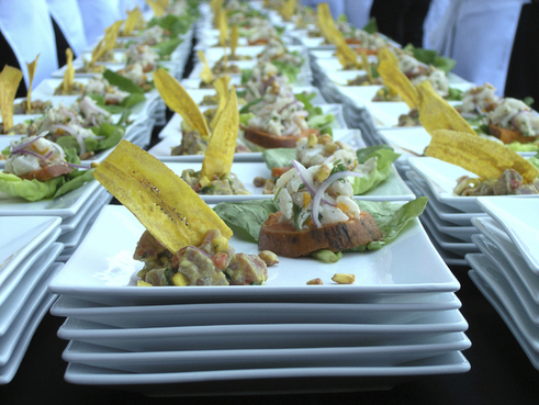 casamento na praia - comidas para tarde - pôr do sol - revista icasei (2)