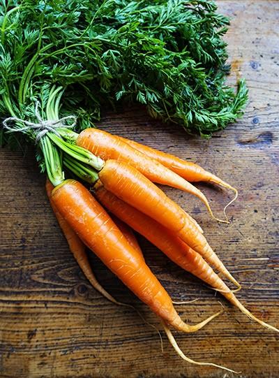 Alimentos-funcionais-para-chegar-linda,-zen-e-saudável-ao-casamento-cenoura