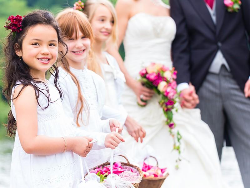 kid's zone - como lidar com crianças no casamento_revista icasei_abre