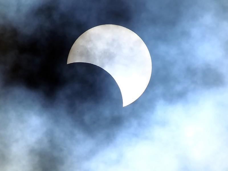 noivas e astros - horoscopo de marco_revista icasei_abre3