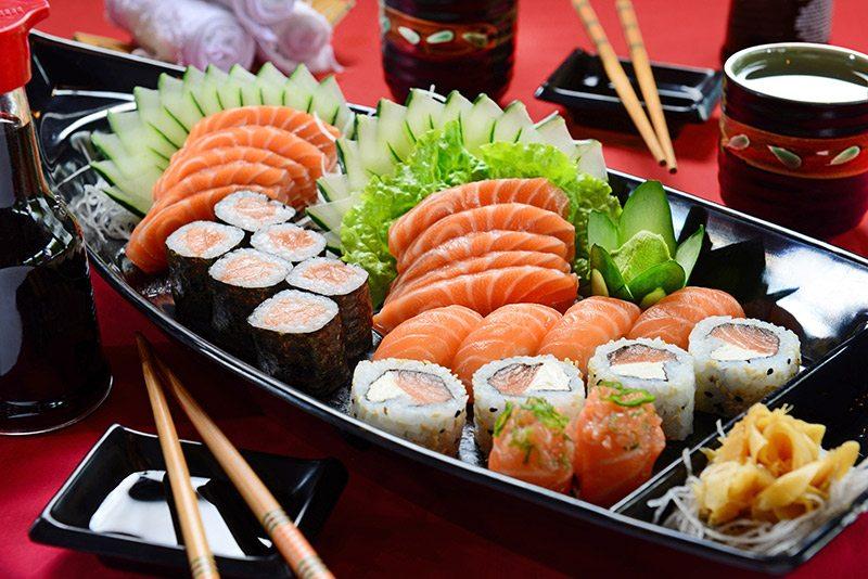 Buffet-japonês-no-casamento-barca