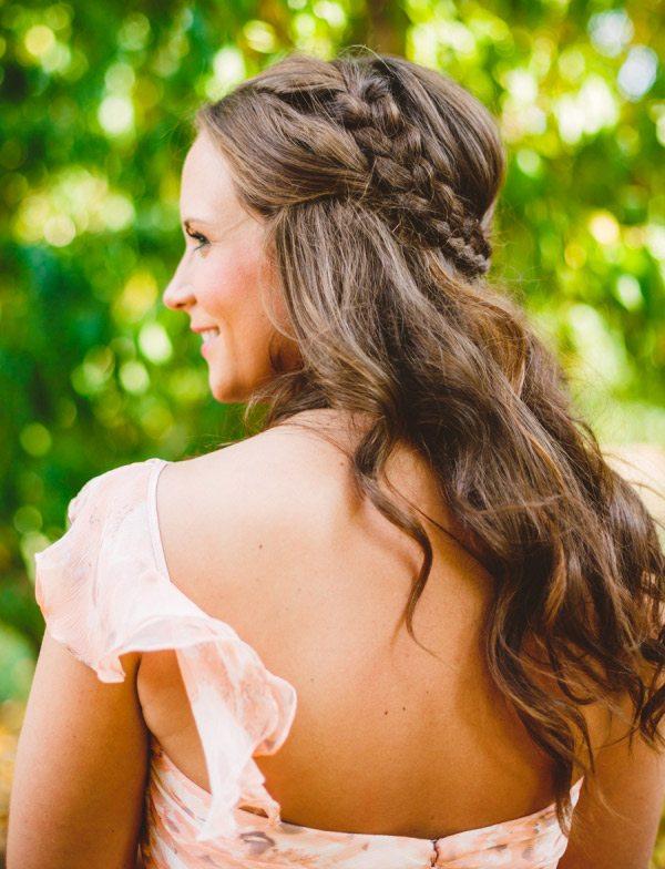 Penteados-para-mães-dos-noivos-meio-preso