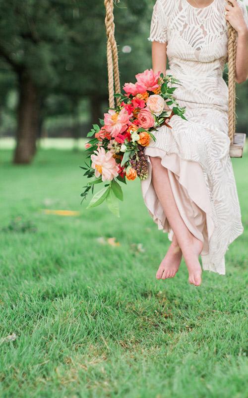 Buquê-cascata- flores rosas