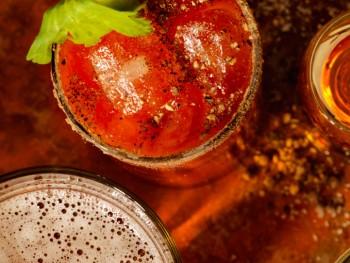 Drink-dos-noivos-slider-350x263.jpg