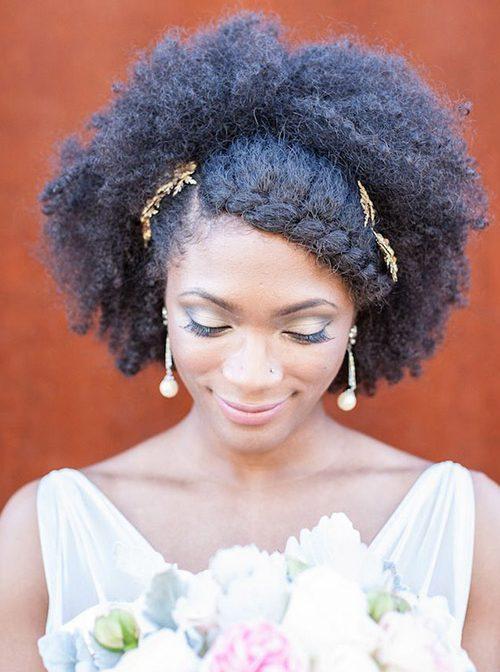 Noivas negras penteados crespo