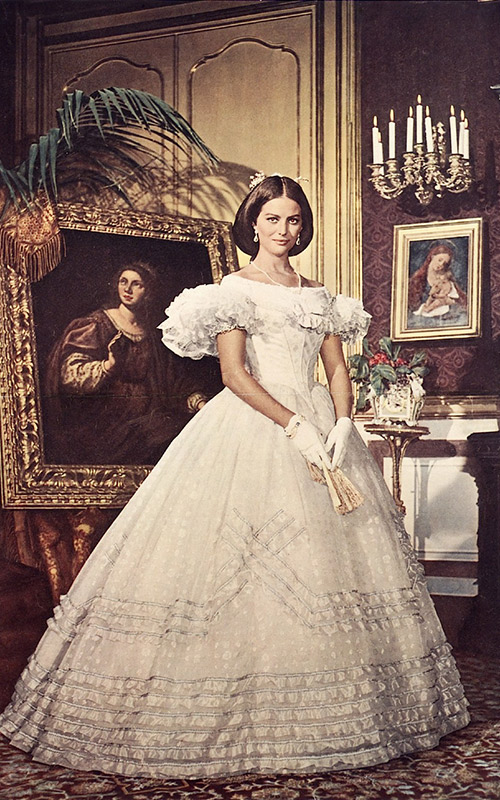 Vestido-do-cinema--Claudia-Cardinale--O-Leopardo-1963-Piero-Tosi