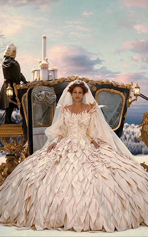 Vestido-do-cinema-Julia-Roberts-Espelho-espelho-meu