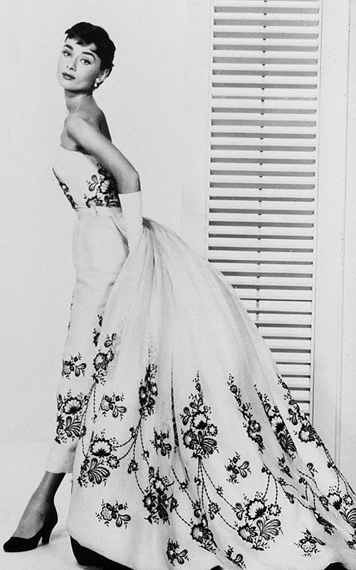 Vestidos-de-casamento-do-Cinema-Audrey-Hepburns-Sabrina-givenchy-1954