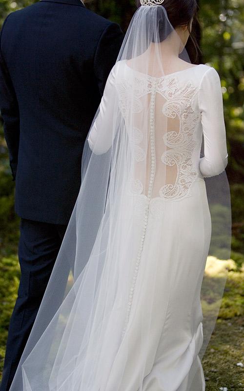 Vestidos-de-casamento-do-Cinema-Crepusculo-Kristen-Stwert-2
