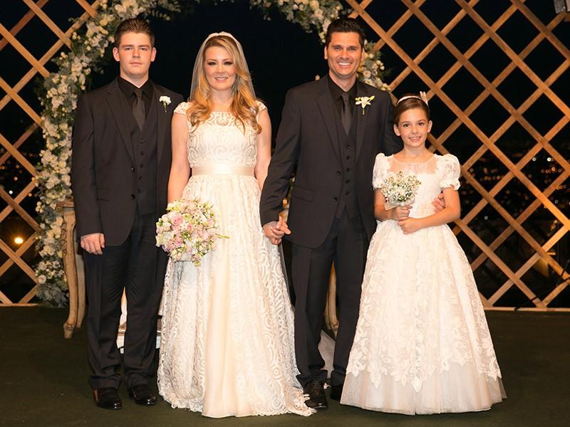 família no casamento