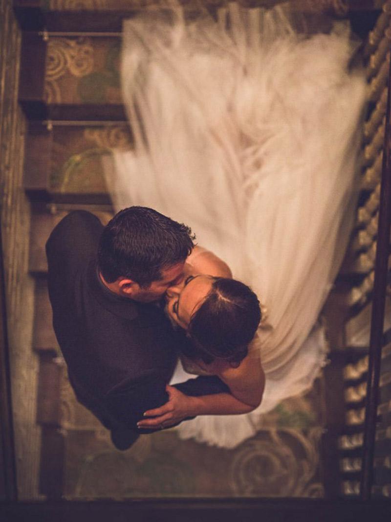 As-15-fotos-de-beijos-em-casamentos-mais-pinadas-abre
