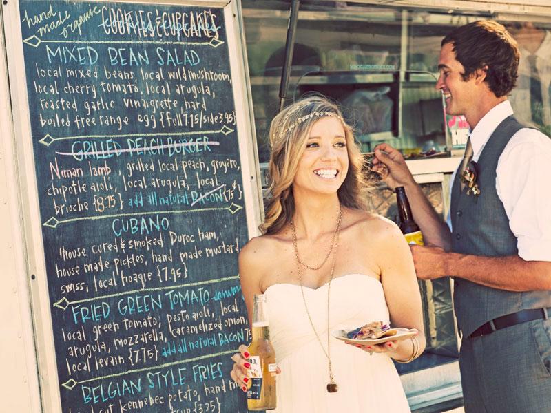 Ideias-nao-tradicionais-para-o-casamento- comida móvel