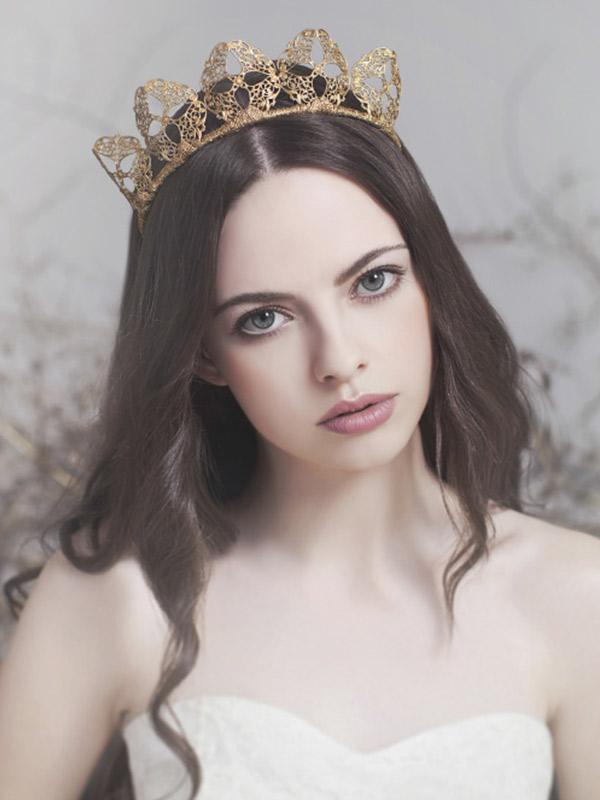tiara-de-noiva-internacionais-Viktoria-Novak3