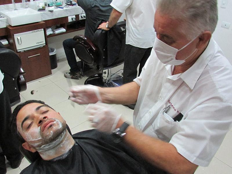 Barbearias-para-o-dia-do-noivo-barbearia-bastos2