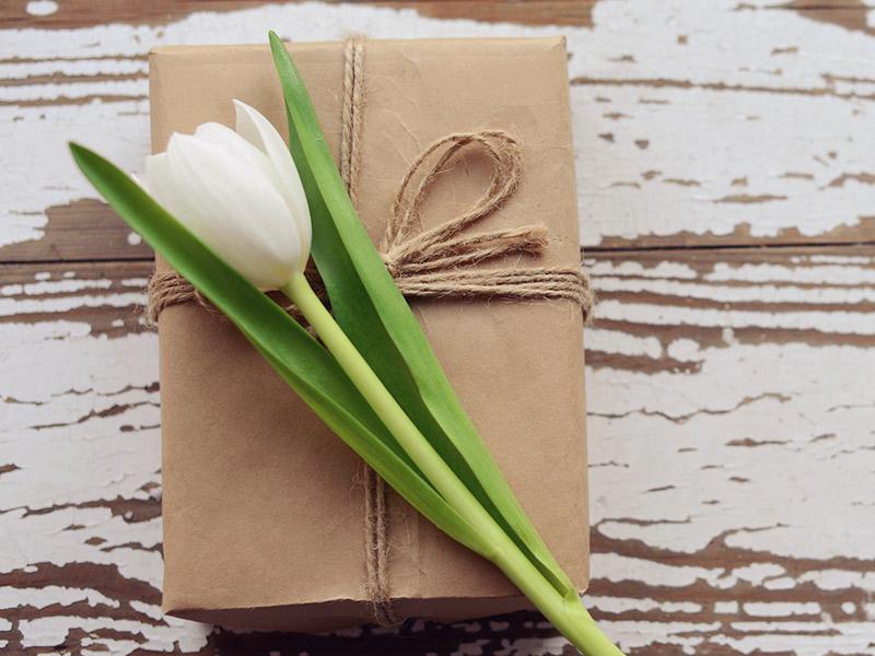 Convidados-dicas-de-etiqueta-para-o-casamento-presente