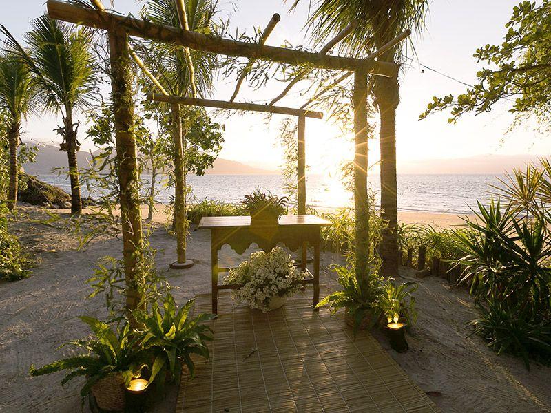 Lugares para casar em Ilhabela vila salga altar