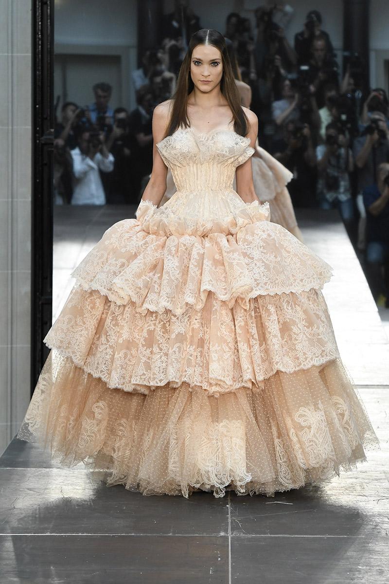 Vestido de noiva tendências 2016 Alexis Mabille camadas