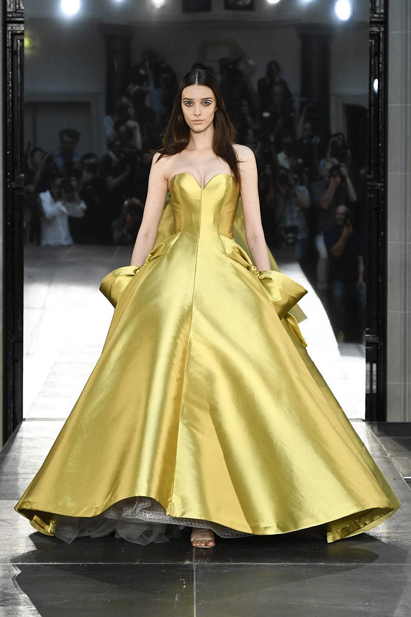 Vestido de noiva tendências 2016 Alexis-Mabille cetim