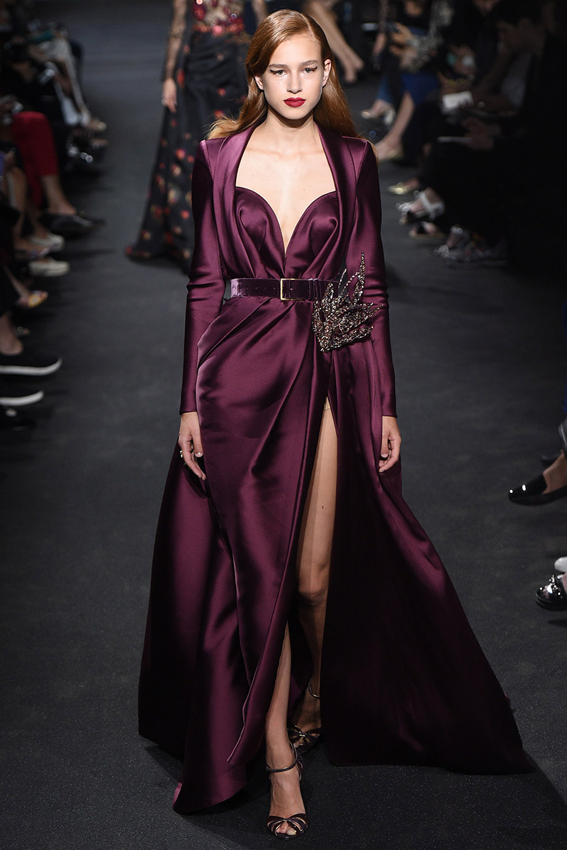 Vestido de noiva tendências 2016 Elie Saab cetim