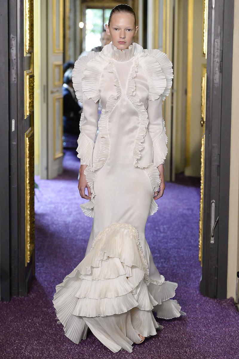 Vestido de noiva tendências 2016 Francesco Scognamiglio plissado