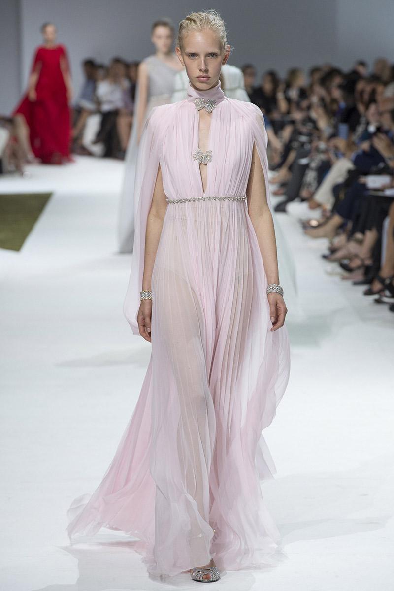 Vestido de noiva tendências 2016 Giambattista Valli plissado