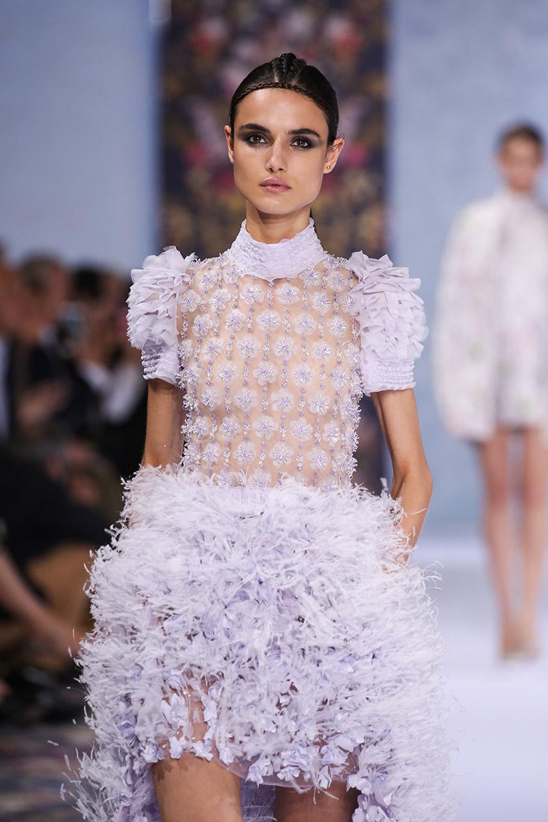 Vestido de noiva tendências 2016 Ralph & Russo transparência