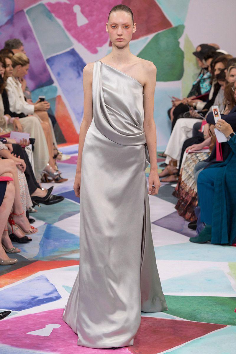 Vestido de noiva tendências 2016 Schiaparelli cetim