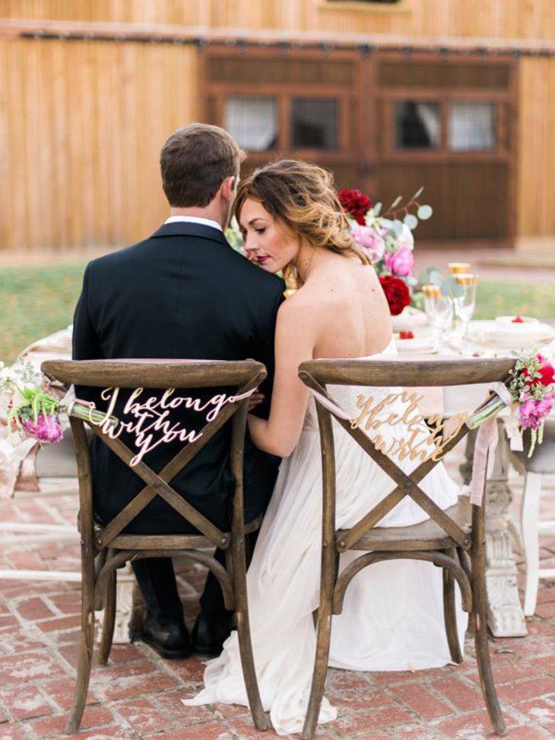 Decoração Como decorar a cadeira dos noivos flores