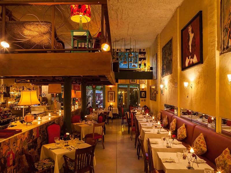 Espaços como fazer um mini wedding em um restaurante Ruella Bistrô