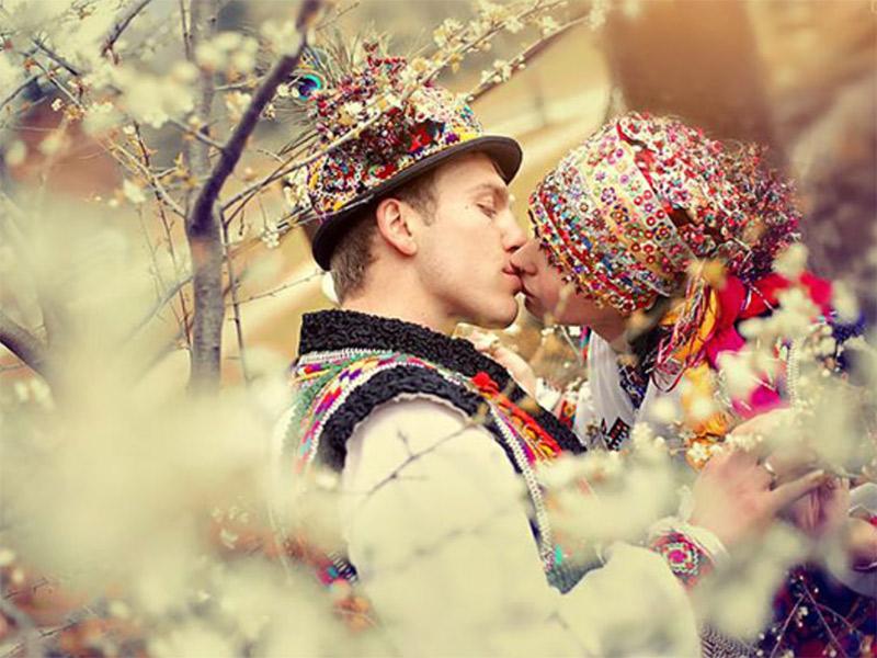 Vestido de noiva Trajes de casamento ao redor do mundo Cárpatos