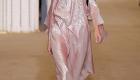 Fashion Weeks tendências 2017 noiva e madrinhas metalizado