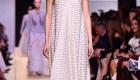 Fashion Weeks tendências 2017 noiva e madrinhas ombro de fora