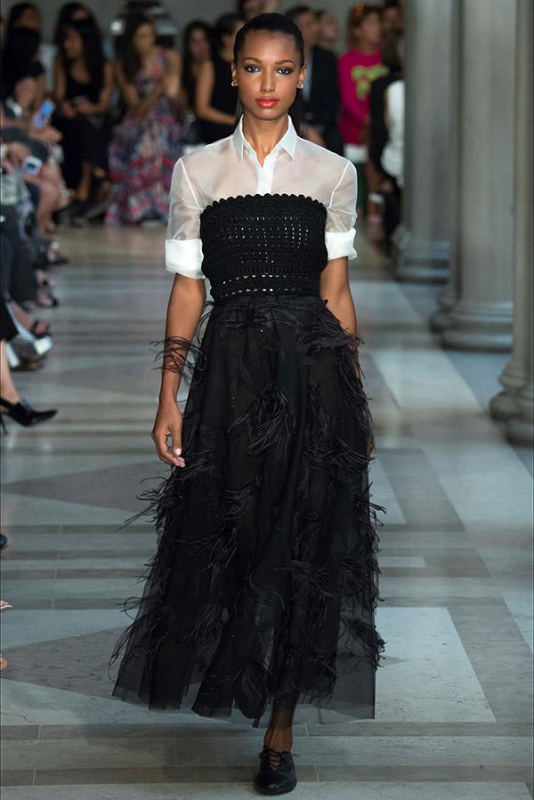 Fashion Weeks tendências 2017 noiva e madrinhas preto e branco