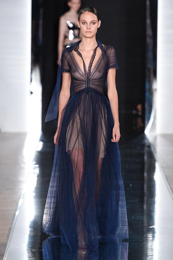 Fashion Weeks tendências 2017 noiva e madrinhas Tules