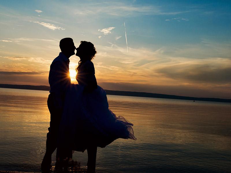 Música para casamento entrada e saída do altar Praia