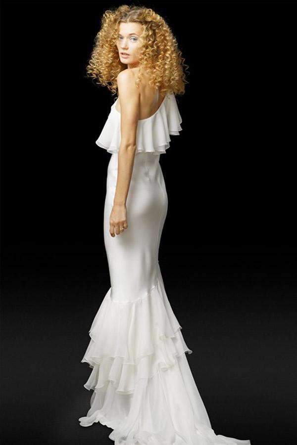 Vestido de noiva tendências do NY Bridal Week Outono 2017 assimetria