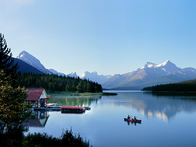 Destination wedding Canadá maligne lake chalet