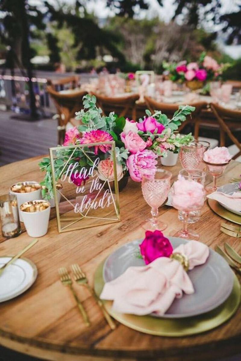 Decoração de casamento como montar a mesa com flores