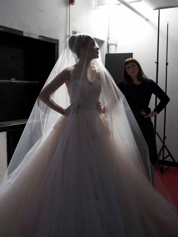 Véu de noiva marcas internacionais debra moreland
