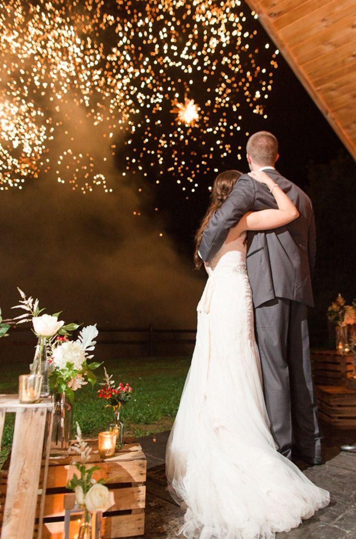 Como ter fogos de artifício no casamento local