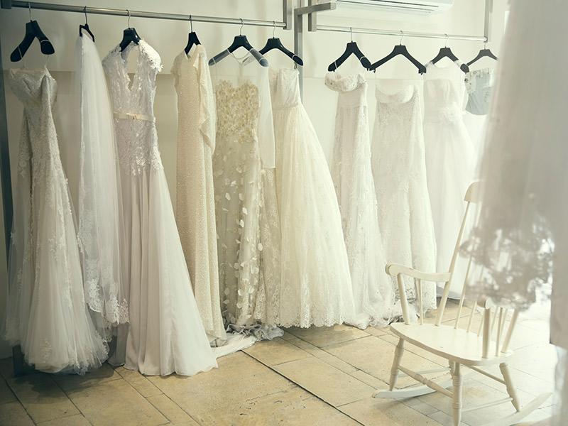 Comprar o vestido de noiva online tecido